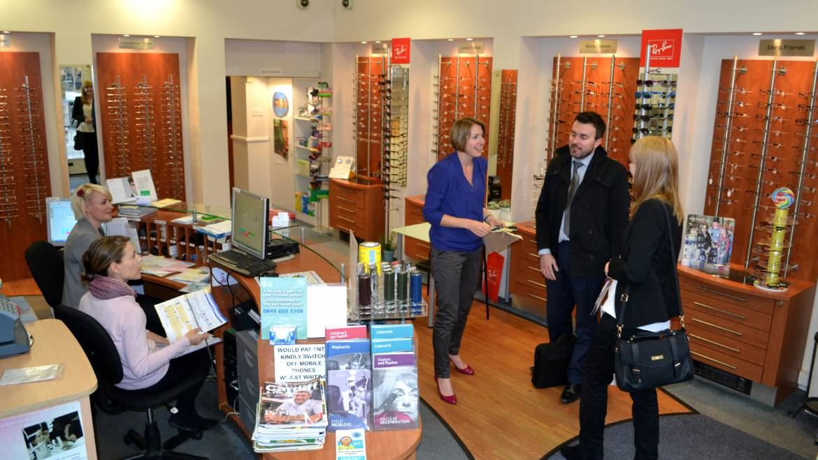 Clients looking for glasses